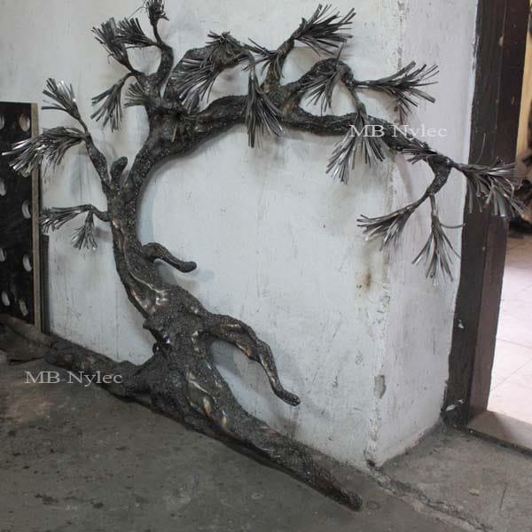 Bonsai aus Stahl - ein Baum aus Metall - ein Bonsai-Relief - Metallarbeiten Dębica - Katalognummer Z63