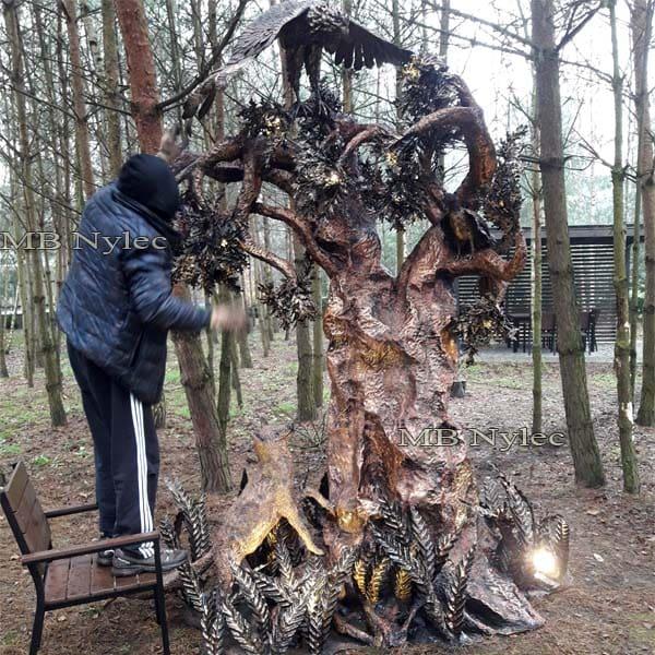 Metallskulptur - handgeschmiedete Designer-Gartenlampe aus Stahl - Höhe 3,2 m - Metallarbeiten Dębica - Katalognr. Ogd27