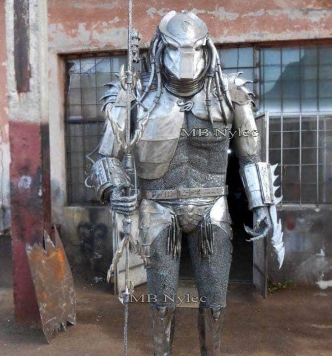 Metallskulpturen - Herstellung von Stahlfiguren - Predator aus Metall - Alien vs Predator - Katalognummer Z65