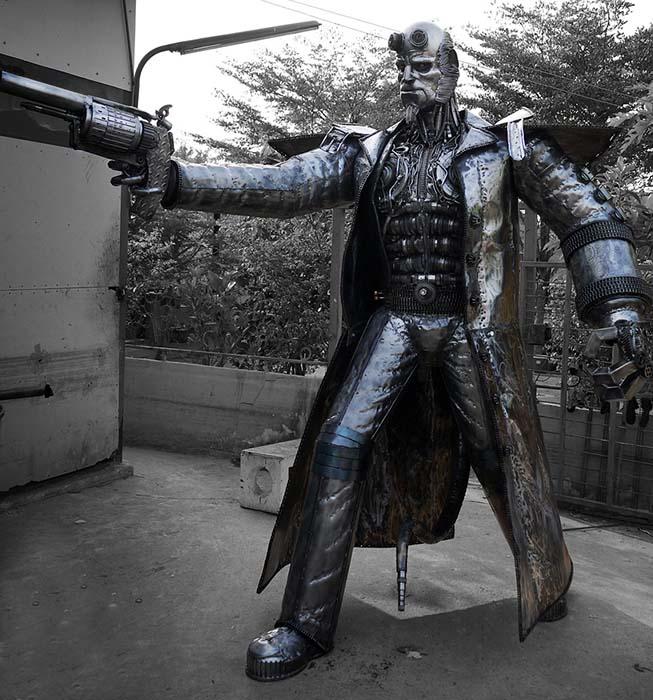 Metallskulptur - Filmskulptur - Hellboy - Maßstab 1: 1 - Katalognummer Z35